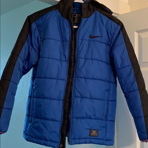 668fcc82a Nike Youth Puffer Jacket